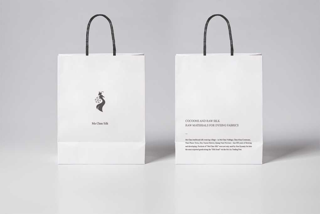 1020-Shopping-Bag-Mockup-Vol5-1.jpg